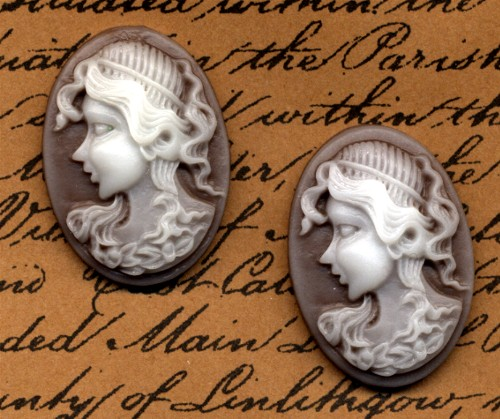 2 Cameo Cabochons Chocolate
