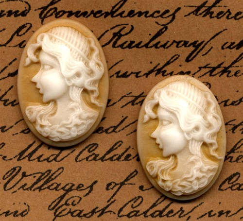 2 Cameo Cabochons Honey Gold